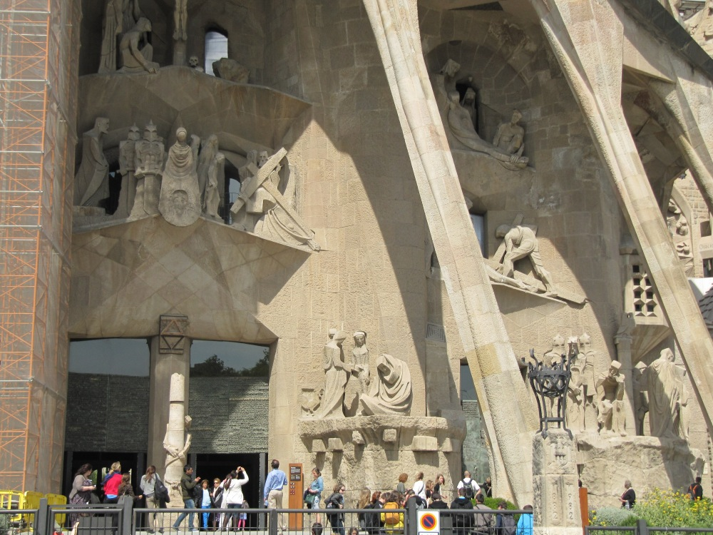 Sagrada Familia and the Power of Intentions (2/6)